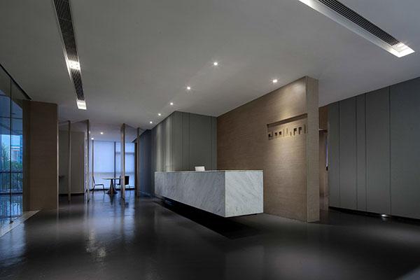 简洁办公室设计塑造建筑形象